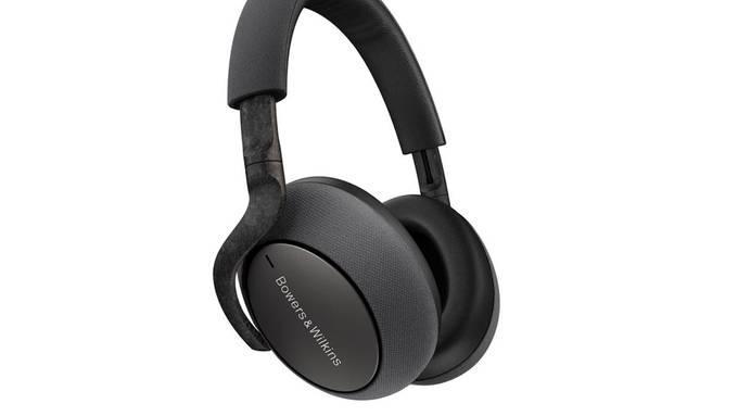 Der PX7 Carbon Edition Kopfhörer der britischen Traditionsmarke Bowers & Wilkins