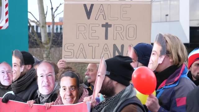 Demonstration vor dem Hauptsitz von Vale in Saint-Prex (VD)