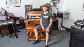 Fabian Schenkel haut gerne in die Orgeltasten.