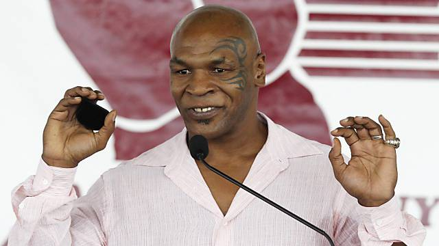 Mike Tyson bei seiner Rede in der Hall of Fame.