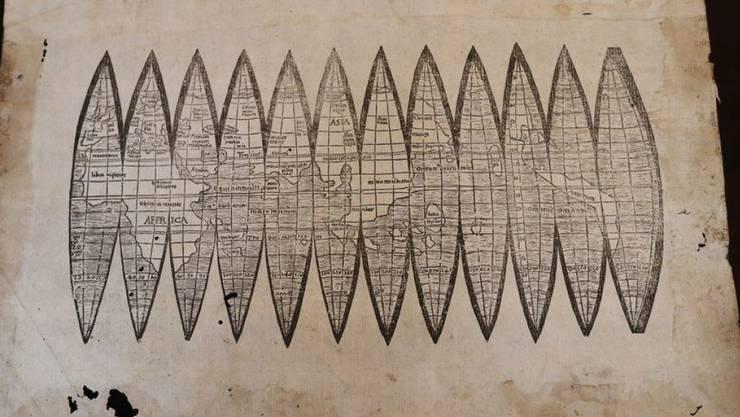 Eine solche Globuskarte, welche die Bayerische Staatsbibliothek 1990 für zwei Millionen D-Mark erworben hat, hat sich jetzt als Fälschung herausgestellt. (Archivbild)
