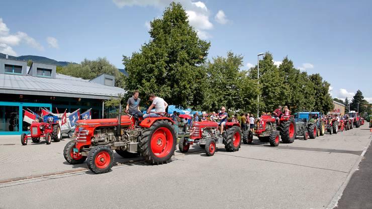 Start der Traktoren-Rundfahrt im 2017