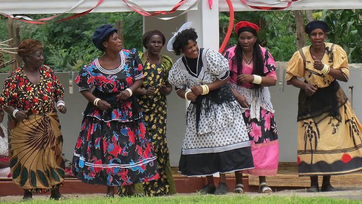 Feierlichkeiten in Mwandi, Sambia, zur Eröffnung des Simalaha-Gemeindeschutzgebietes. Bilder:
