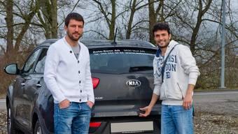 Die FCA-Pendler Luca Radice und Sven Lüscher auf ihrem Arbeitsweg