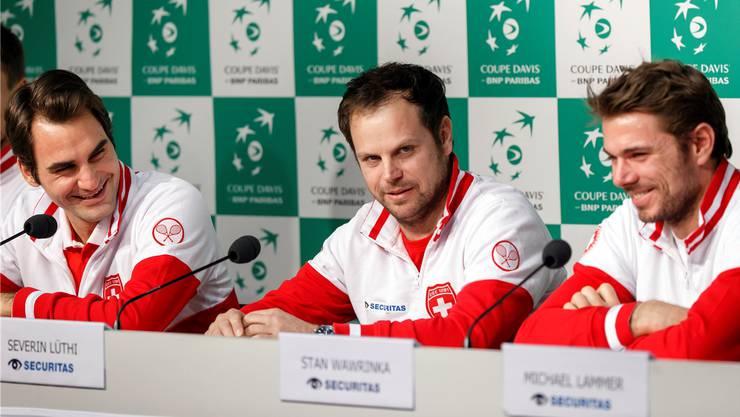 Roger Federer, Severin Lüthi und Stan Wawrinka (v.l.) an der Pressekonferenz.