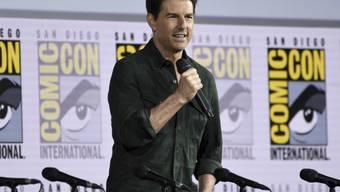 Hollywood-Star Tom Cruise hat Tausende Fans auf der Comic-Con-Messe im kalifornischen San Diego mit einem Auftritt überrascht.