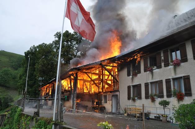 Grossbrand auf Bauernhof am Hauenstein