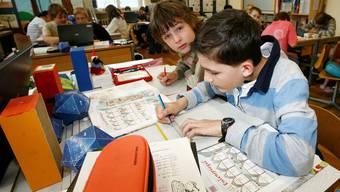 Der Elternverein Frick setzt sich beispielsweise für die Verkehrssicherheit für Kinder auf dem Schulweg ein (Themenbild)