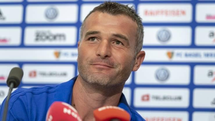 Alex Frei war am Dienstagabend im Rahmen der Pressekonferenz im Voprfeld des Paok-Spiels gut gelaunt.