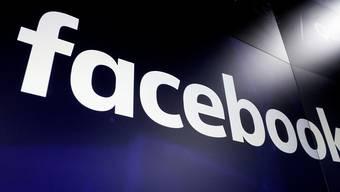 Facebook hat erneut zahlreiche Nutzerkonten auf seinen Plattformen gefunden, die Propaganda verbreiten sollen. (Archivbild)