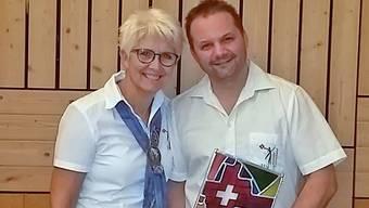 """LTV Präsidentin Elsbeth Richterich mit dem demissionierten JUKO Präsidenten Dominique """"Hifi"""" Jermann"""