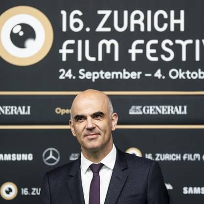 Bundesrat Berset gibt sich als Kulturfreund und sprach dieses Jahr schon am Zurich Fim Festival, den Solothurner Filmtagen und am Lucerne Festival.