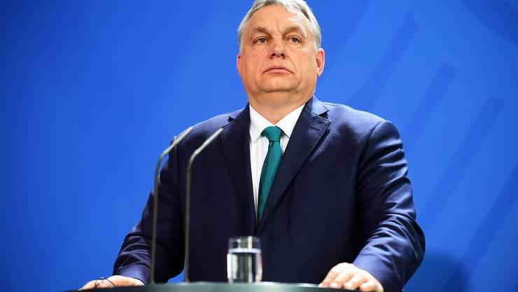 Macht laut der ungarischen Opposition Politik wie ein Diktator: Der ungarische Regierungschef Viktor Orban, der von Gegnern Viktator genannt wird.