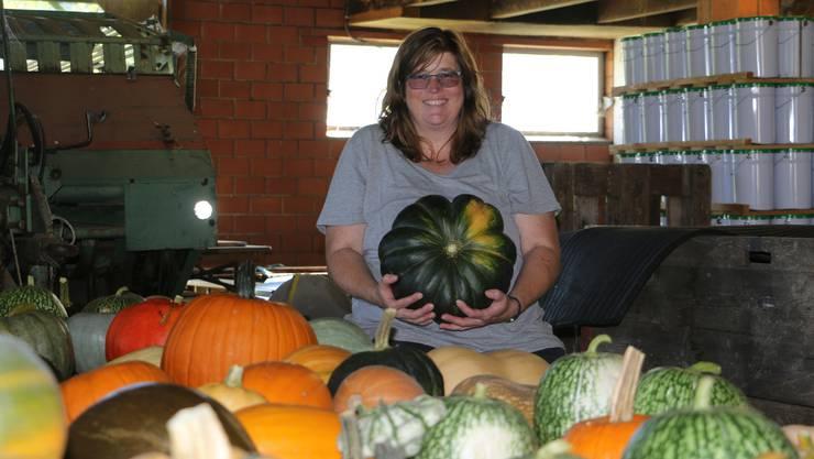 Regina Hort hat sich auf dem Kehrhof in Wittnau auf die Zucht und den Verkauf von Zier- und Speisekürbissen spezialisiert.