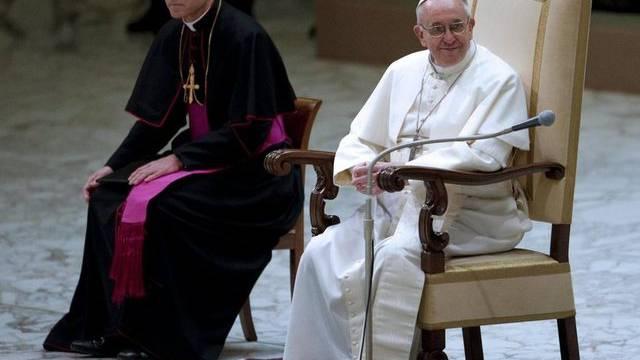 Der neue Papst und der alte Privatsekretär: Franziskus mit Georg Gänswein