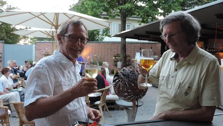 Heinz Westreicher (links) übergibt die Leitung an Thomas Schärli (rechts).