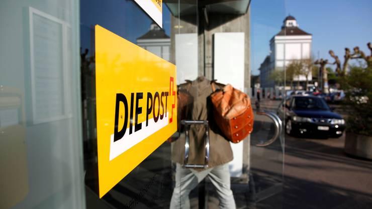 Machte sich die Postfinance mit der Abgabe von 4600 Tausendernoten auf der Poststelle 2 in Solothurn der Geldwäscherei schuldig? (Archiv)