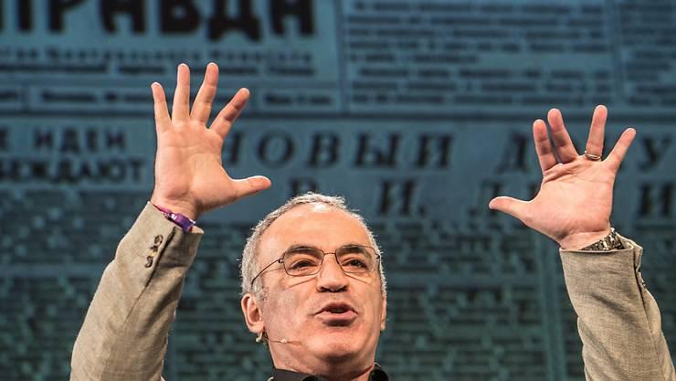 Warnt vor Einmischungsversuchen aus Moskau: der frühere russische Schach-Champion und heutige Putin-Kritiker Garry Kasparow.