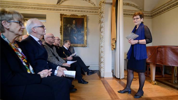 An der Vernissage zur Ausstellung Richard Flury begrüsste Vereinspräsidentin Barbara Flury die Gäste.Hansjörg Sahli