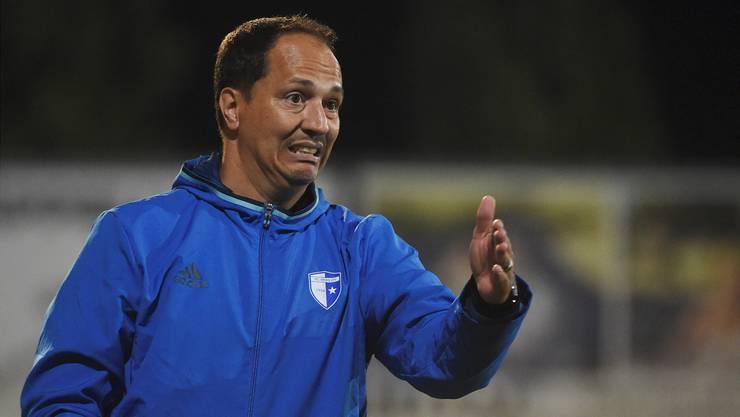 Wohlens Trainer Francesco Gabriele leidet beim Spiel gegen Aarau.