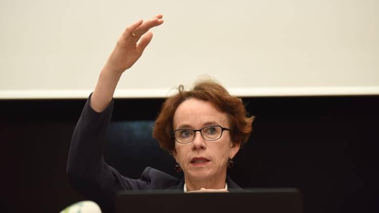 Kein Schwarzweiss-Denken: Finanzdirektorin Eva Herzog bringt die verschiedenen Pole zusammen.