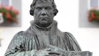 Luther-Denkmal auf dem Marktplatz in Wittenberg, Sachsen-Anhalt (Archiv)