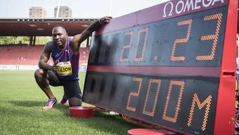 Alex Wilson posiert vor der vermeintlichen Rekordzeit
