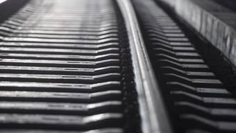 Der Bund will den Trassenpreis senken, den Bahnunternehmen den Infrastrukturbetreibern für das Benutzen des Schienennetzes bezahlen müssen. Zunächst können sich die betroffenen Kreise dazu äussern (Themenbild)