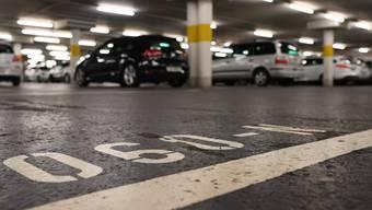 Das Parkplatzreglement sah nicht den unmittelbaren Abbau von Parkplätzen vor.
