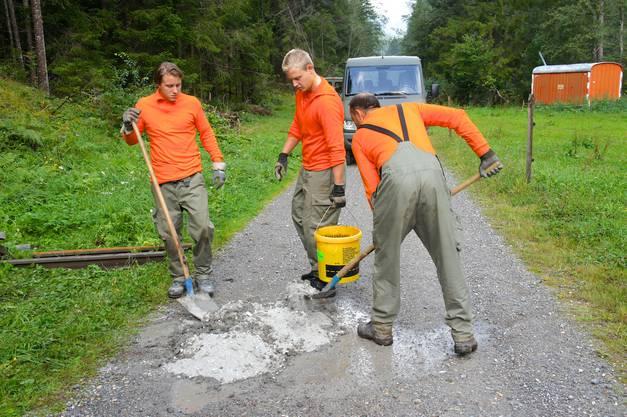 43 Zivilschützer  der ZSO Mutschellen halfen eine Woche in Graubünden