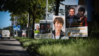 Wer heute durch den Aargau fährt, kommt nicht an den unzähligen Wahlplakaten vorbei.