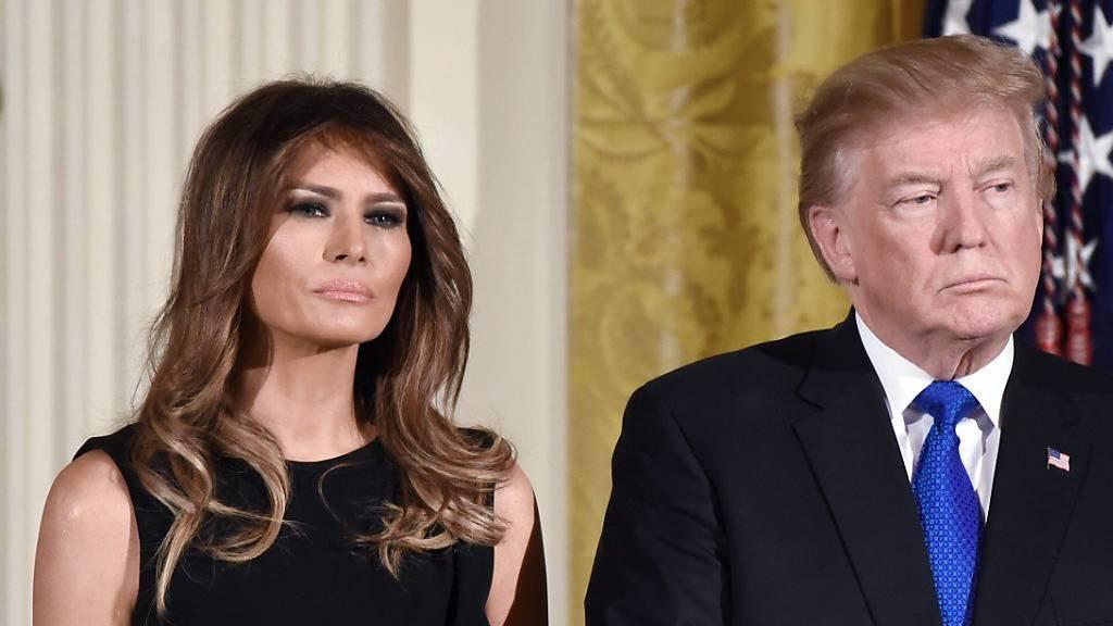 Präsident Trump und First Lady haben sich mit dem Coronavirus infiziert