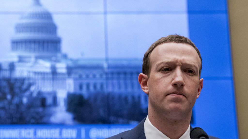 Facebook-Chef Mark Zuckerberg hat sich in Gastbeiträgen für verschiedene Zeitungen für eine international abgestimmte Regulierung im Internet ausgesprochen. (Archivbild)