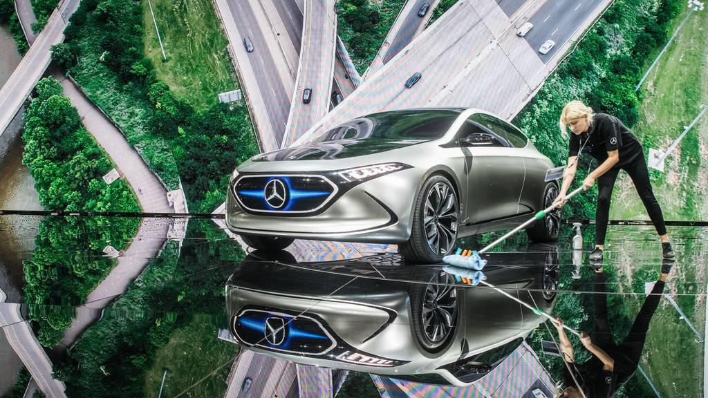 Daimler erwägt zügigen Abschied vom Verbrennungsmotor