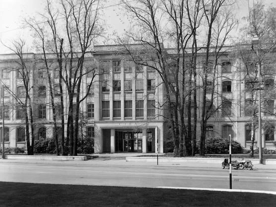 Ciba-Verwaltungsgebäude (K-141), 1967