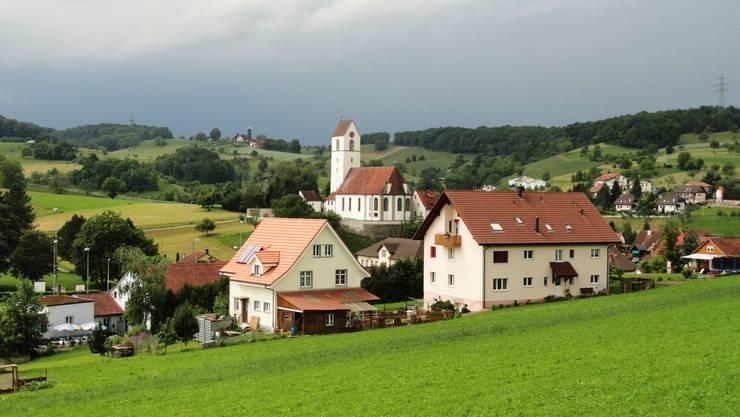 Eigentlich friedlich: Die Gemeinde Herznach. (Foto: Walter Christen)