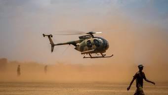 Ein Helikopter der kenianischen Armee im Süden Somalias. (Archivbild)