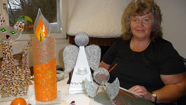 Im Endspurt: Doris Schäfer aus Mühledorf in ihrem Atelier.