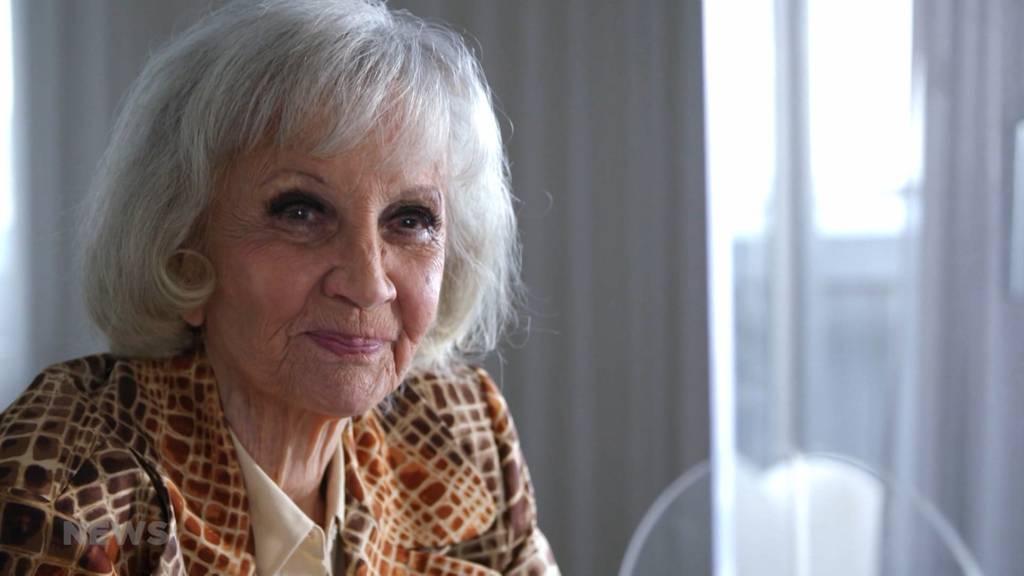 Die 91-jährige Berner Schauspielikone «Lilo» Pulver wird für ihre Karriere geehrt