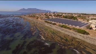 Auf der südafrikanischen Gefängnisinsel wurde eine Solaranlage der ABB installiert.