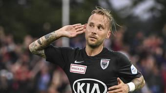 Doppeltorschütze Neumayr führt den FCA gegen den Aufsteiger zum verdienten 2:0-Erfolg