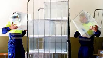 Noch sind die Wahlurnen in Spanien leer. Am Sonntag wählt das Land zum vierten Mal in vier Jahren.