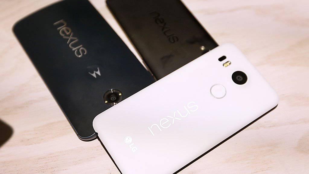 Mit den neuen Smartphone-Modellen der Nexus-Reihe fordert Google Apple heraus.
