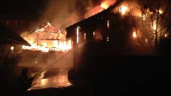 Brand zerstört Erlinsbacher Autogarage
