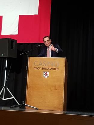 Die rund 240 anwesenden Mitglieder und Sympathisanten der SVP hörten ein mitreissendes Referat von Roger Köppel.