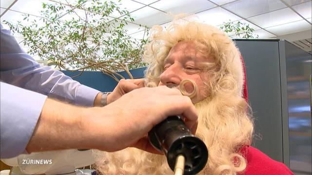 Samichlaus-Friseur sorgt für schöne Bärte