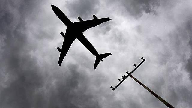 Die französische Luftfahrtbehörde verbietet Trainigsflüge auf der Süd-Route