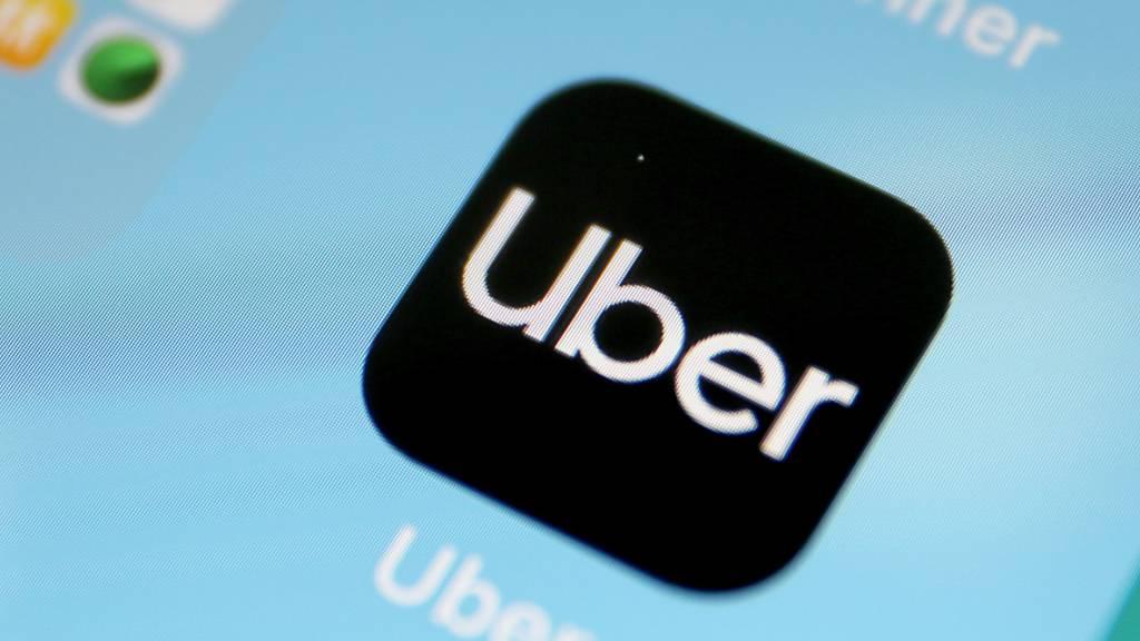 Der Fahrdienstleister Uber hat in den USA einen Sieg vor einem Gericht erzielt und muss somit keine Begrenzung der Leerfahrten hinnehmen. (Symbolbild)
