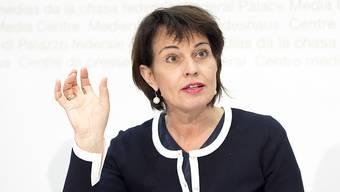 Umweltministerin Doris Leuthard kündigte am Donnerstag an, die Schweiz werde am Pariser Klimapakt festhalten.