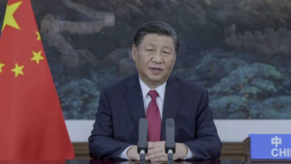 Chinas Staatschef Xi Jinping will künftig im Ausland keine neuen Kohlekraftwerke mehr bauen. Er setzt vielmehr auf grüne Energien.